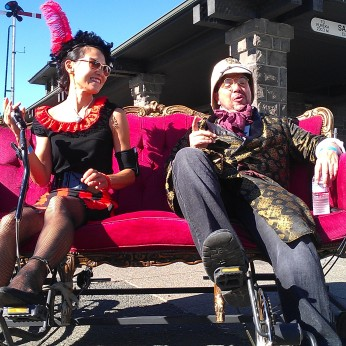 Hubbub Clubber meets Dr. E.P. Kitty on the Red Couch Railcar